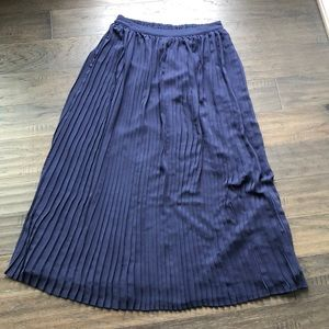 Lauren Conrad Pleated Maxi Skirt